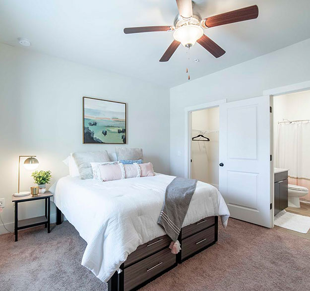 Furnished, Pet-Friendly Apartments - Image 01